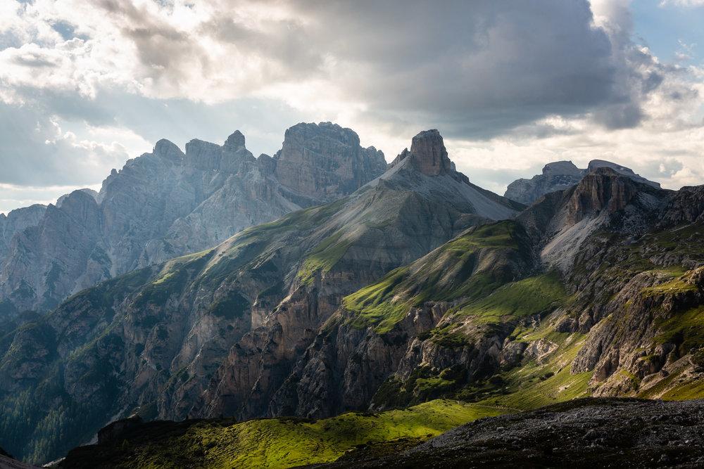 Dolomites-peak-3-cime-lavaredo.jpg