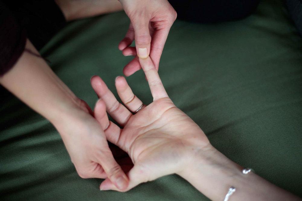 Seattle-Washington-Thai-Yoga-Therapy-Massage-Private-Session-Nuad-Boran-Training-Kanna-Toguchi-2018.jpg