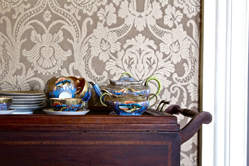Hudson_Valley_Inn_TeaSet.jpg