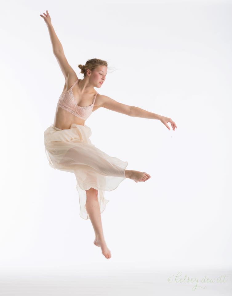 Carolyn_Dance.jpg