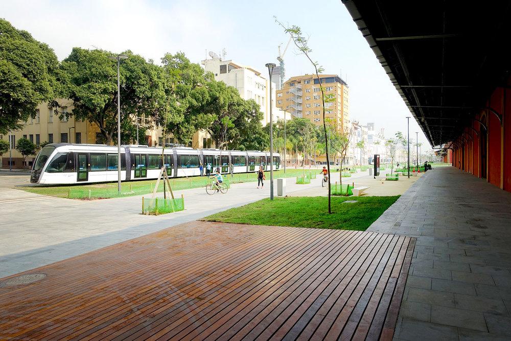 VLT Tramway Port Area Rio de Janeiro.jpg
