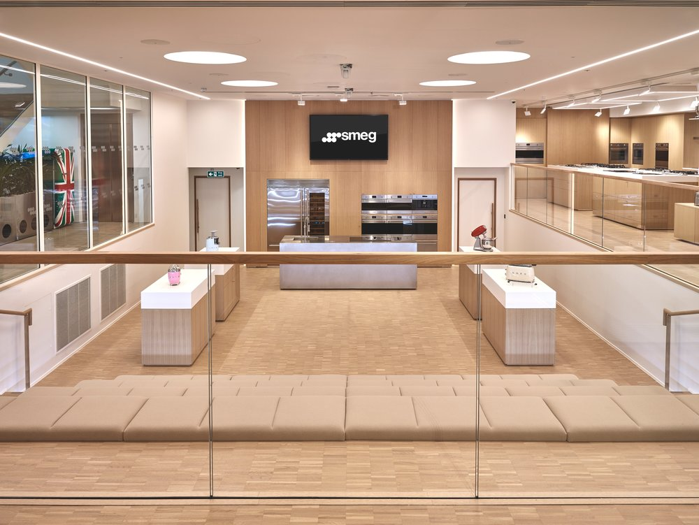 SMEG-store-balcony.jpg