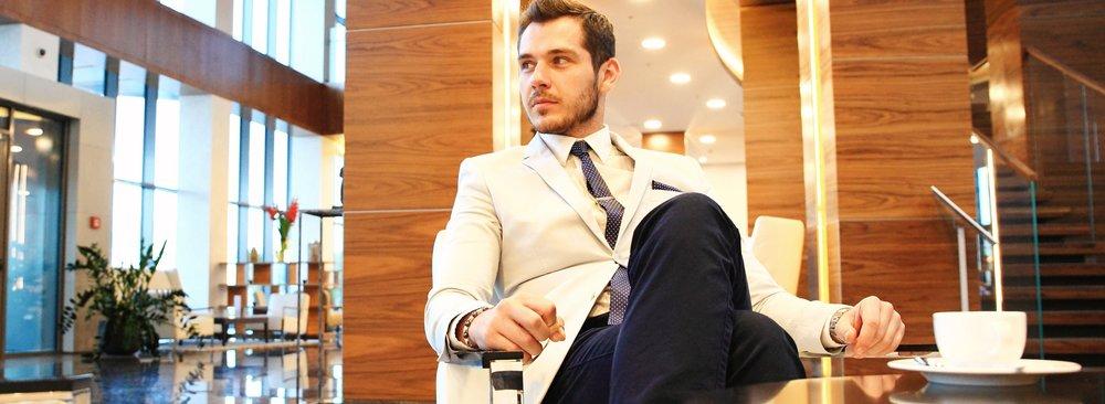 businessman-hotel-lobbby.jpg