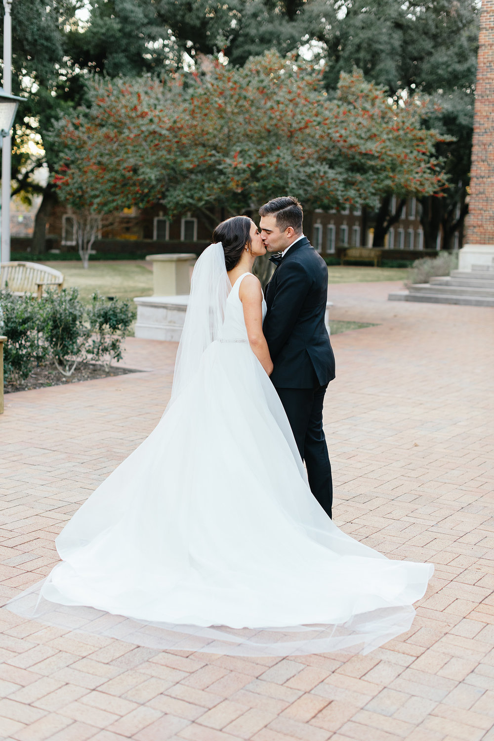 MattAndJulieWeddings-PerkensChapelWedding-RoomonMain-Alyssa+Chris358.jpg