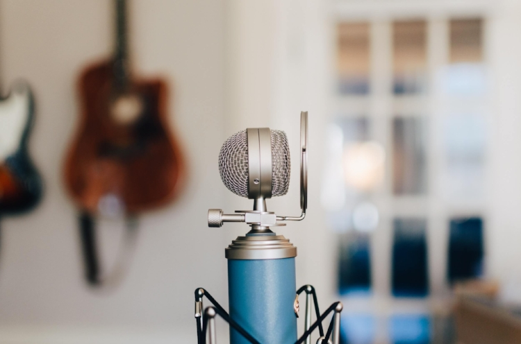 Resources・Podcasts・Julie Bjelland, LMFT