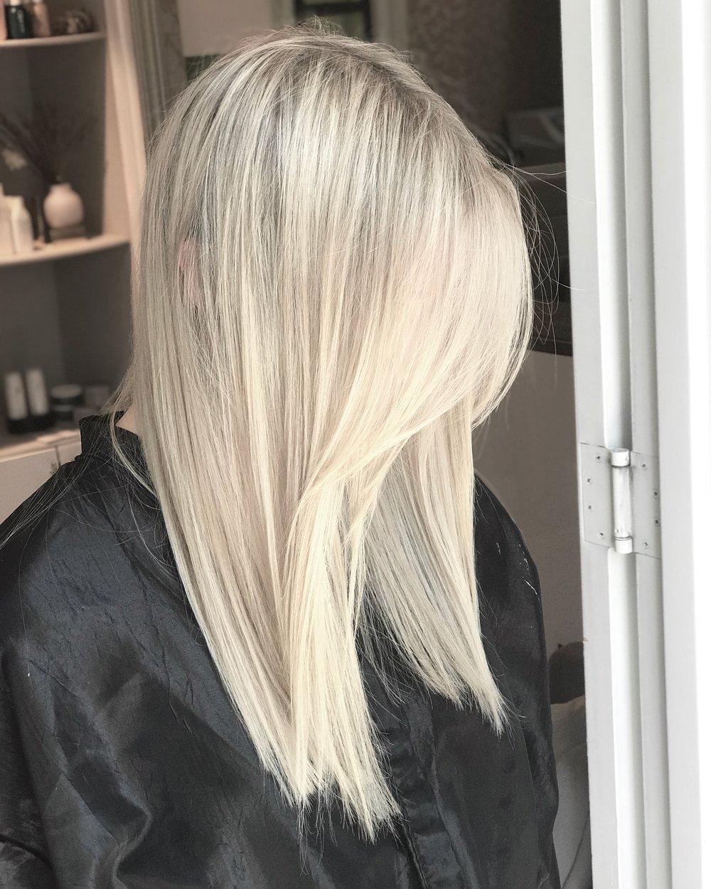 Blonde-Mauricio hair.JPG