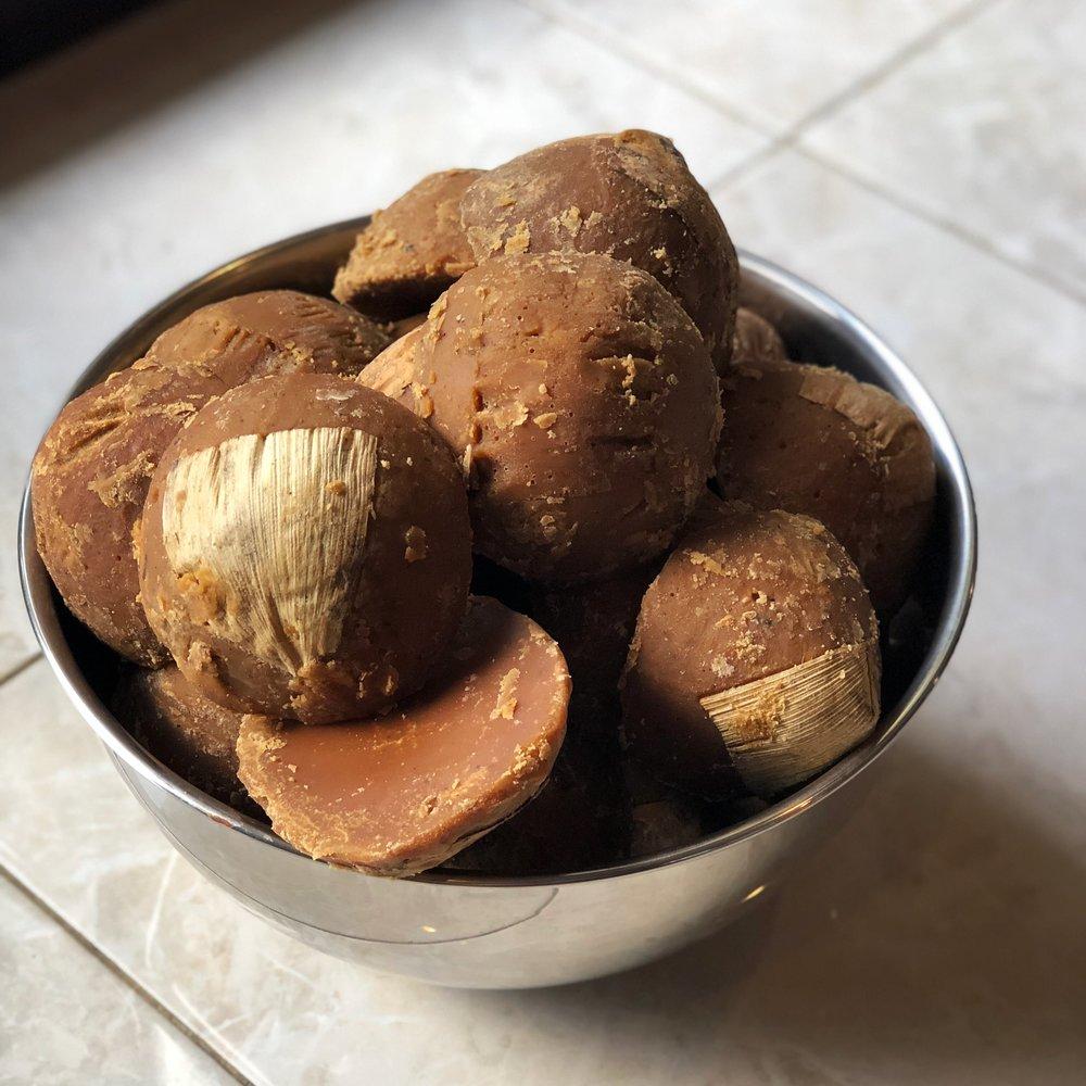 Dried, coconut sugar cakes.