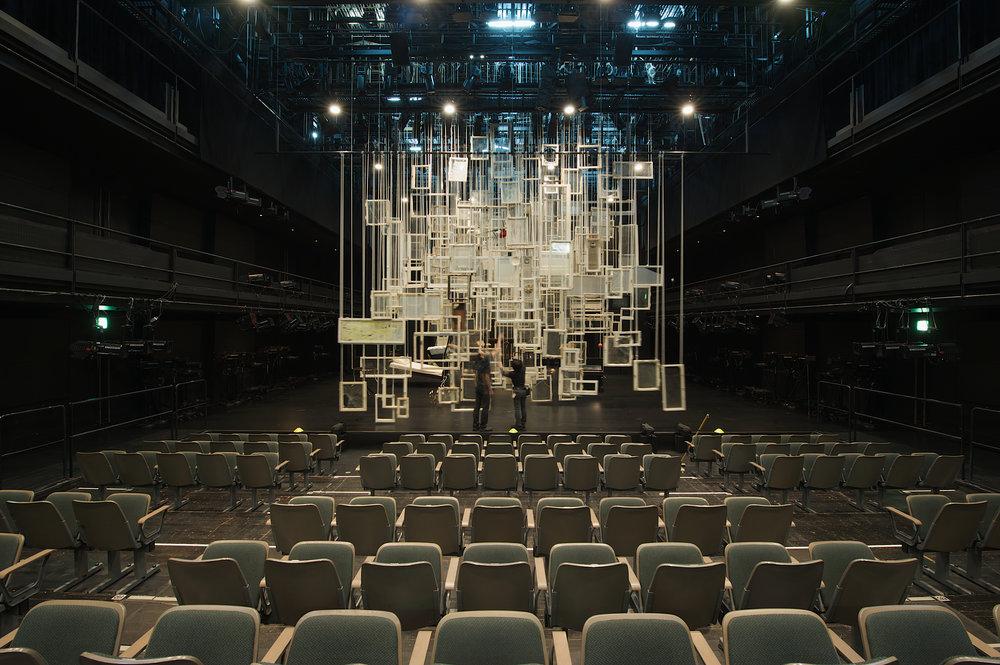 2009_Tattoo_New National Theater_Tokyo_Photo Sunhi Mang_1.jpg