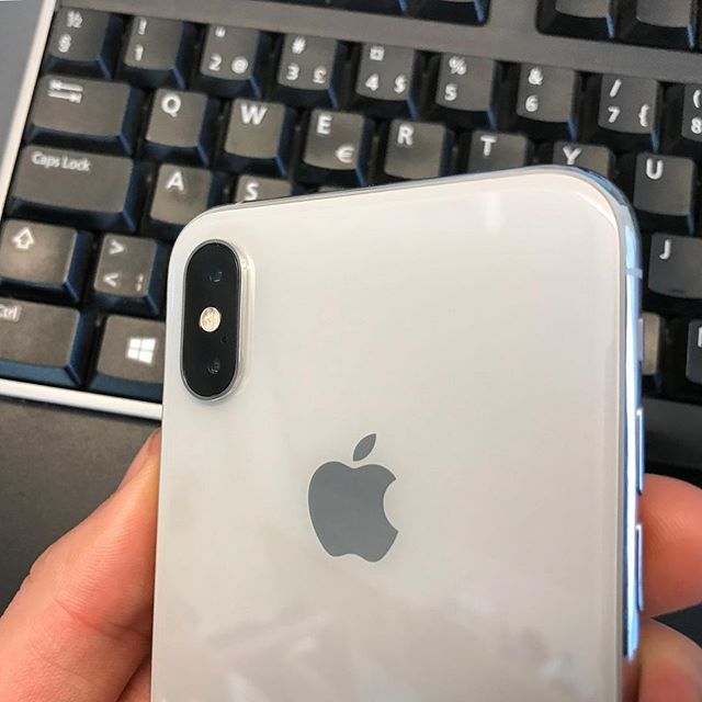 The first week of my iPhone XS Journal is online! This week the camera is in focus, but with my impressions of the phone and iOS as well. Check it out in the link in the bio 🔗  #iphone #iphonexs #ios #camera #journal #instatech #themobileswede #photography #review