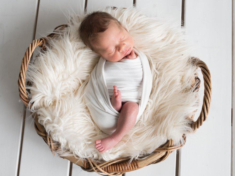 vauva vauvakuvaus vastasyntynyt hämeenlinna vastasyntyneenkuvaus hattula newborn