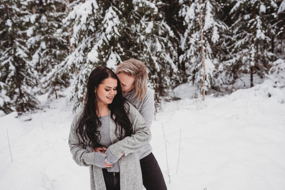 valokuvaus parikuvaus valokuvaaja hämeenlinna perhekuvaus rakkaus hääkuvaus häät2019 kihlakuvaus salla s photography