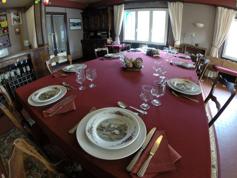 dining room i.JPG
