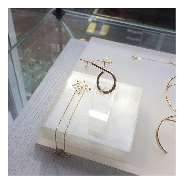 💫Deneb II Ring and Altair II Necklace✨ . . . . . #astraea #star #stars #gold #goldring #ring #rings #earrings #diamondnecklace #diamond #diamondring #jewelry #jewelrydesigner #newcollection #design #style #fashion #madeingreece #agiosnikolaos #elounda #crete #greece #london #instastyle #boutique #shopping #kabiri #designweek #nyfw #lfw
