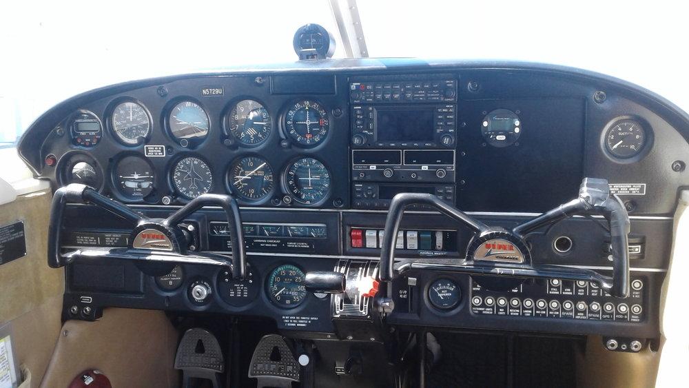 PA-28-140 Panel Pic.jpg