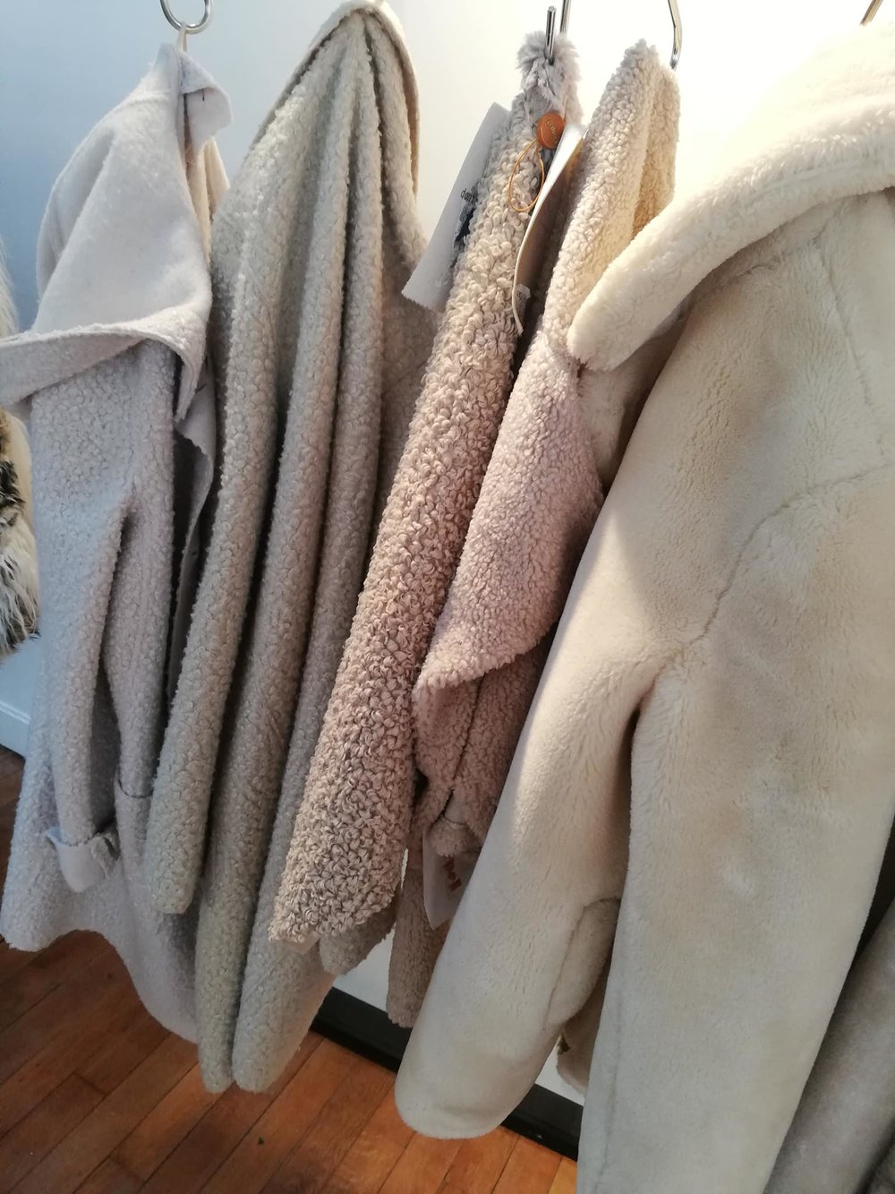 Recycled Teddy faux. - Faux fur is the luxury of synthetics