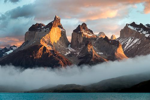Cuernos del Paine, Sunrise