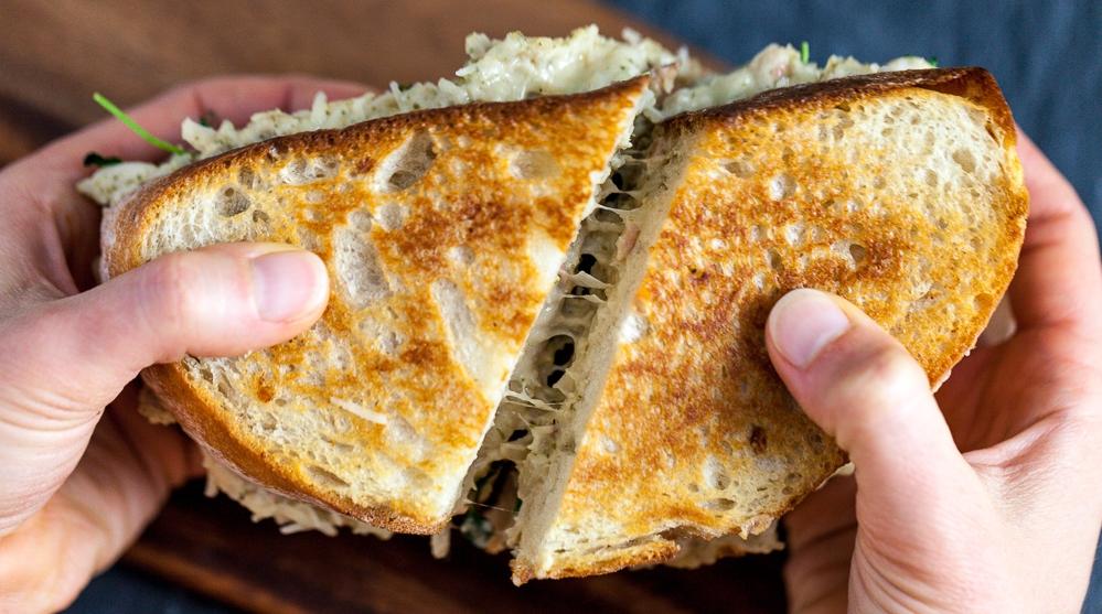 571fafaa39ec574642773c57_Jackfruit-Tuna-Melt-Sandwich-45.jpg