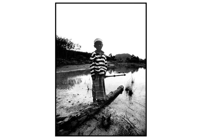 Untitled, from 'Panguai',  gelatin silver print © 1993 Gusmano Cesaretti  Ref: Panguai1   ALL IMAGES AVAILABLE FOR SALE Please    email us    with the specific Ref # for quote.