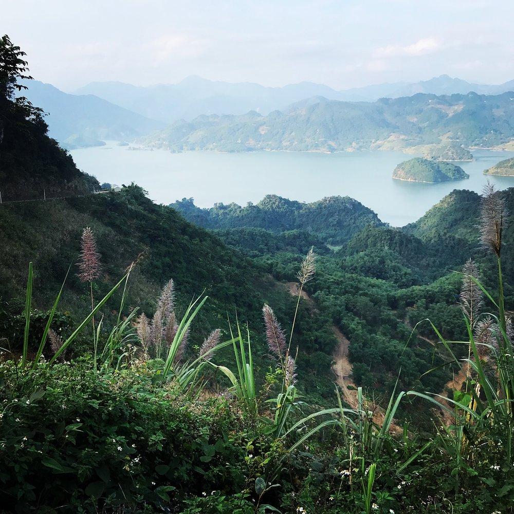 Hoa Binh Lake Viewpoint