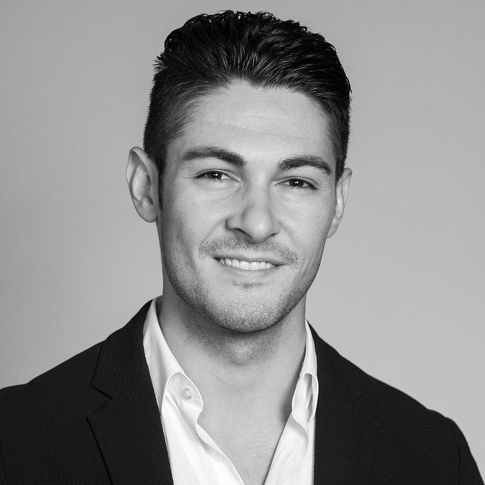 LinkedIn Portraits - Dwayne Brown Studio - Ottawa Canada - LinkedIn Profile Headshots and Personal Branding Photography