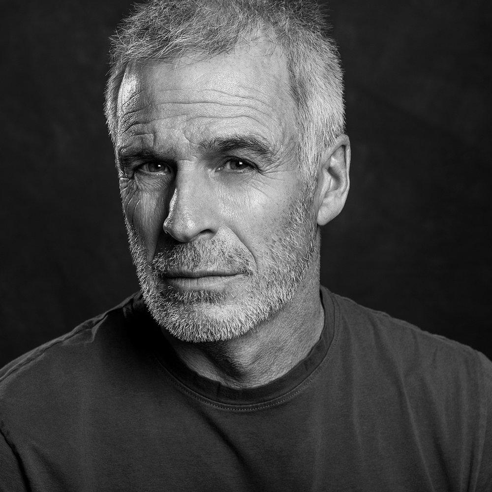 LinkedIn Portraits - Dwayne Brown Studio - Ottawa Canada - LinkedIn Profile Headshots and Personal Branding