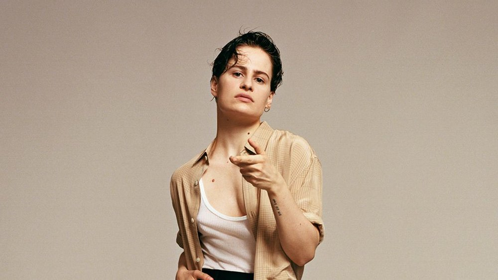 christineandthequeens_18_1024-1024x576.jpg