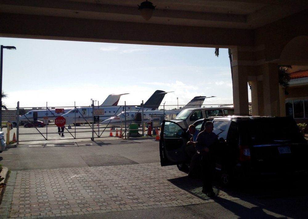 Roll up! Park your car next to your awaiting private aircraft at many FBOs. Just another perk to help speed you on your way. While there are no airline-style security screening formalities here you will be expected to provide credentials before someone opens the gate for you.