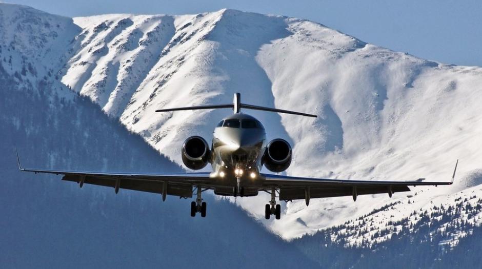 Private-jet-to-ski.jpg