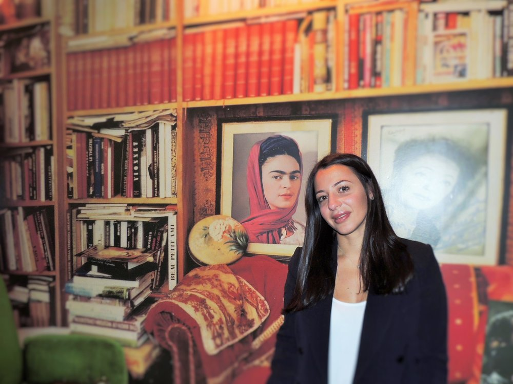 Laura loves reading, travelling and discovering new cultures