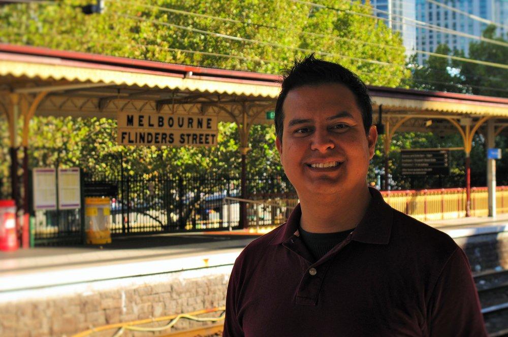 Roberto at Flinders Station (Melbourne's iconic symbol)