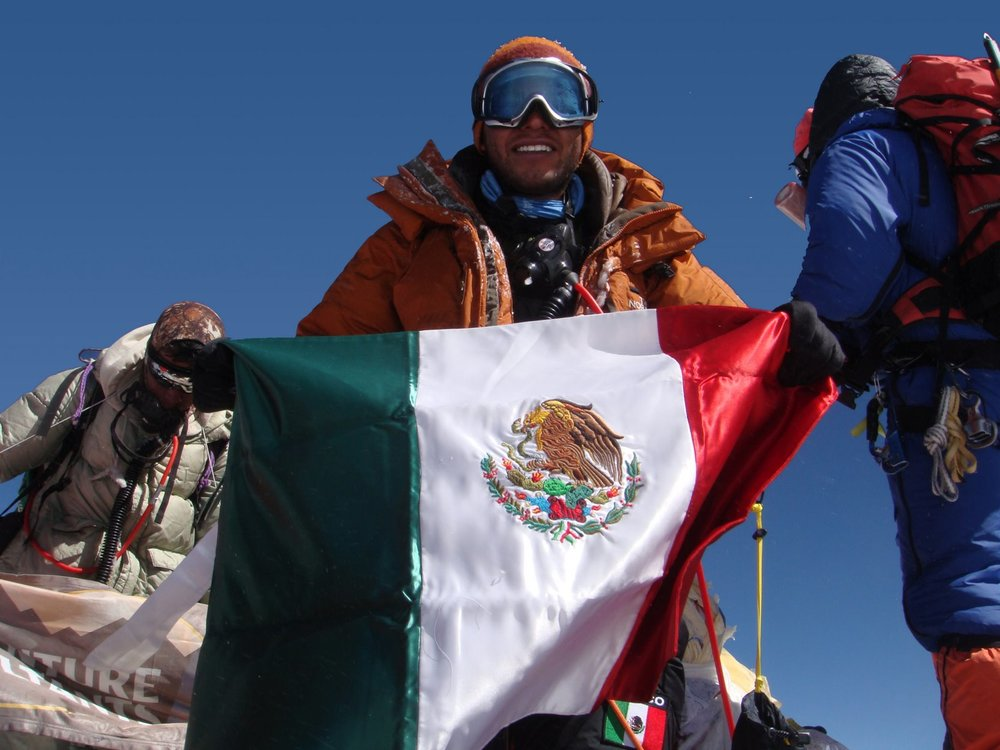 Gerardo is the 26th Mexican to climb Mount Everest to the summit.