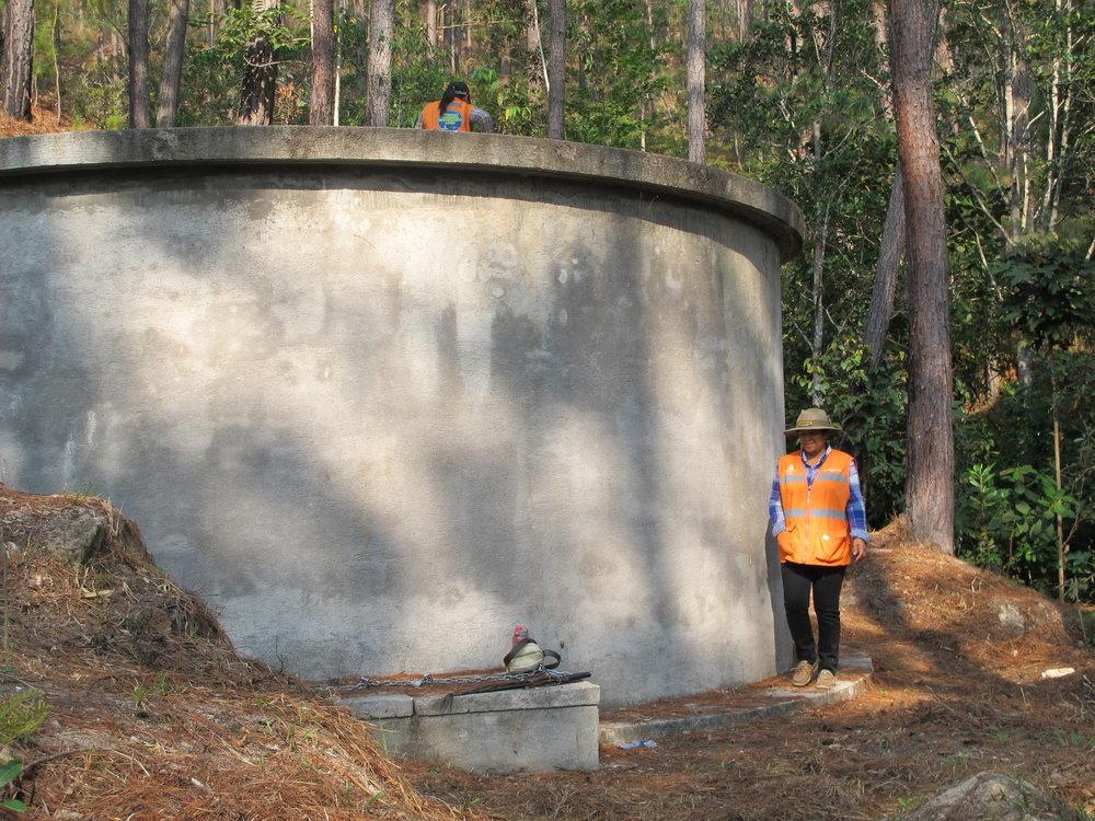 El tanque de 23,000 galones de La Colonia Mata