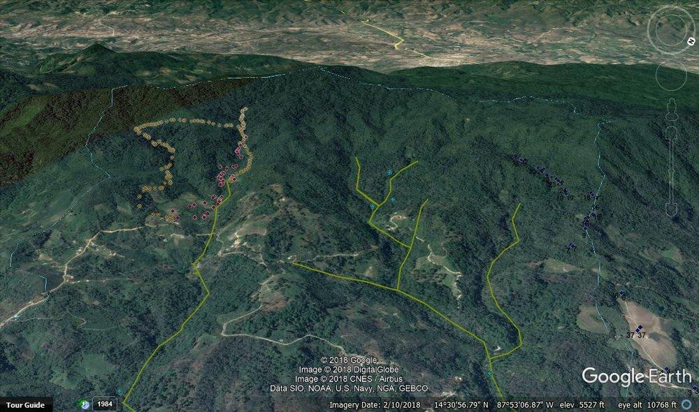 Las dos quebradas de la cuenca Calan los dos puntos azules abajo de las quebradas son de Agua de Siguatepeque. El resto está arriba de las tomas.
