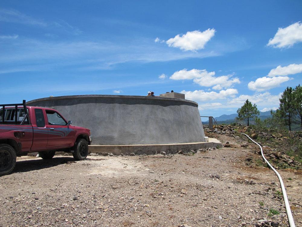 43,000 galon tanque de Paso Hondo