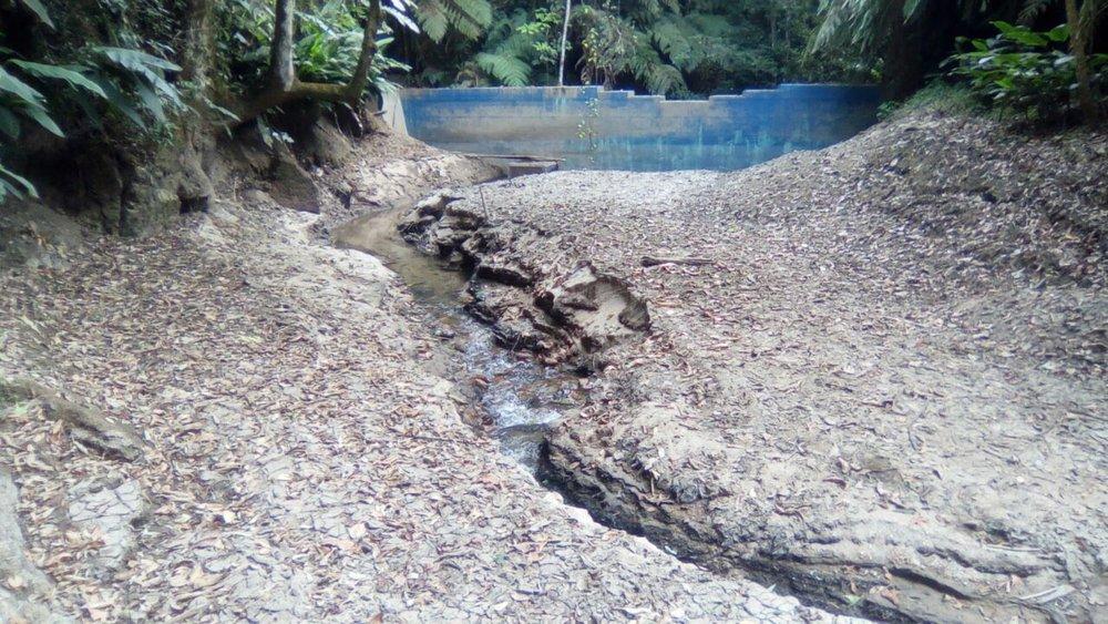 Toma de Aguas de Siguatepeque la ultima toma abajo la primera quebrada.