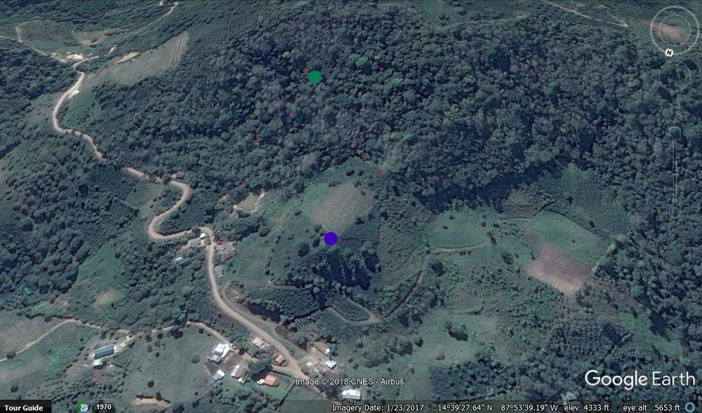 El punto verde es la toma de El Zapote #1 y el azul es el tanque