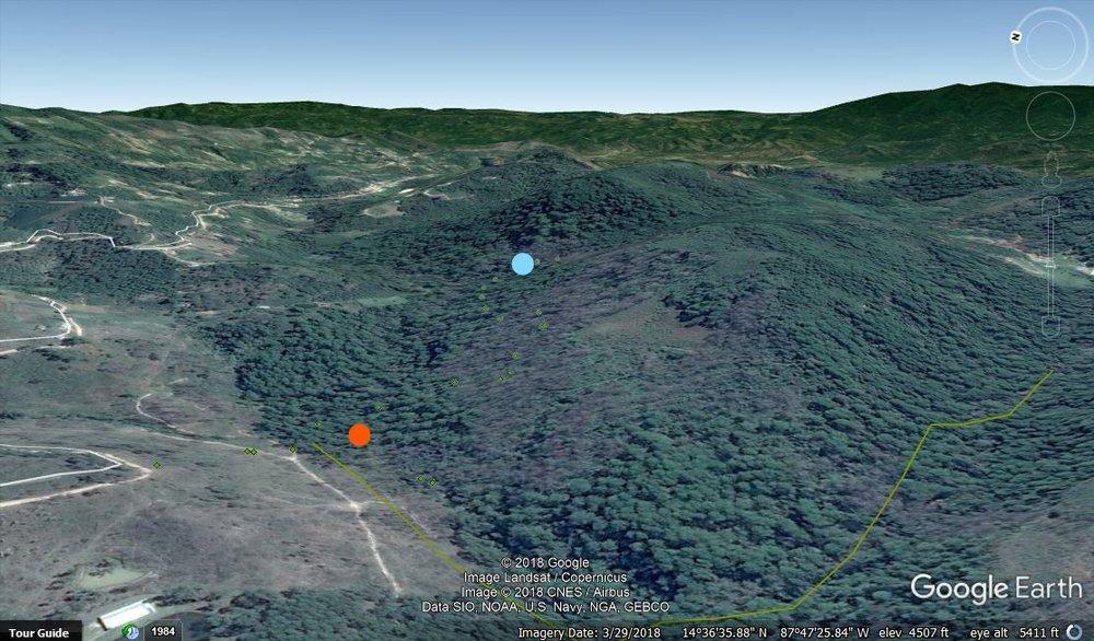 El punto azul es la toma de Las Glorias y la naranja de Brisas del Bosque