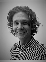 Ross Lenssen Headshot 2.jpg