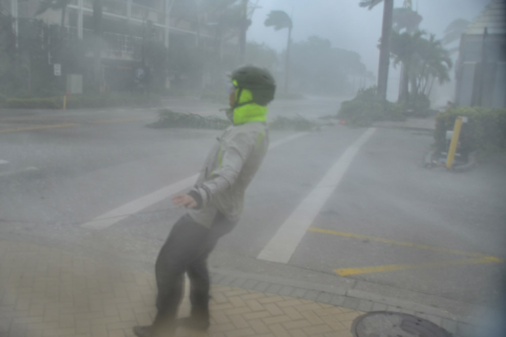 Day 4 (America) 5 (Asia) - continued - Phase 2: Hurricane is closing in: the wind is at its peak in the so-called 'Eye Wall', the heavy rain is racing through the streets horizontally. Eye wall tornadoes can also occur.Phase 3: We're in the eye of the hurricane: the winds are easing down. it is almost dry and with a bit of luck, we see the sun illuminate massive cloud walls on the edge of the eye.Phase 4: The winds will pick up to hurricane winds as the Eye Wall crosses our location once again. But this time, the winds are coming from the opposite direction. Visibility will drop as heavy rain sweeps through the streets.Phase 5: The hurricane pulls away: the wind and rainfall are gradually decreasing