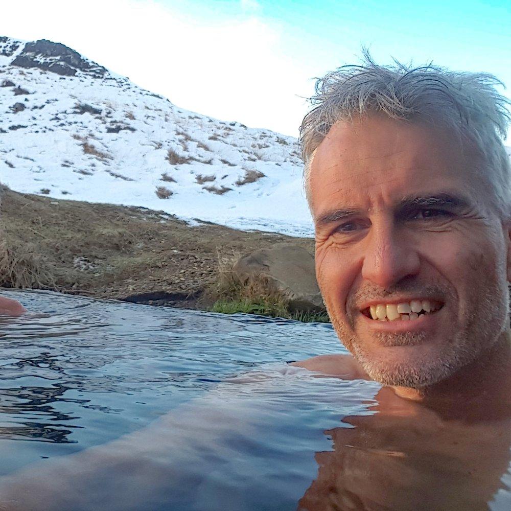 - Eric Terpstra, meteoroloog en jouw reisleider op deze reisBel me 06 5757 0846 of stuur een emailErvaring: Vele ervaringen met noorderlicht in Alaska, Noorwegen, Zweden, IJsland en Canada