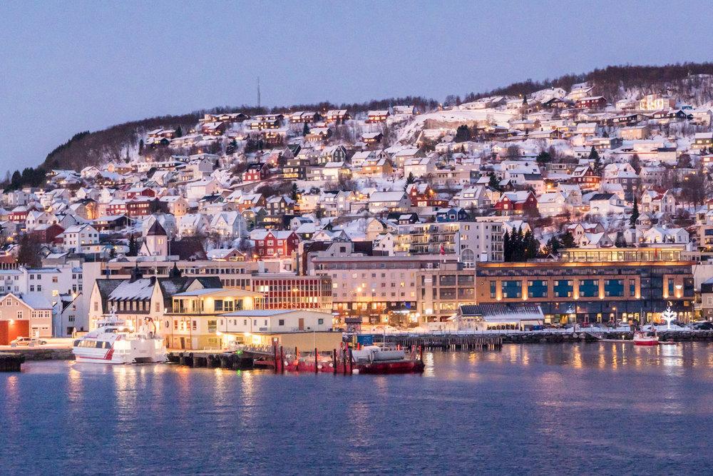 Zaterdag 2 maart 2019: vlucht naar Tromsø in het noorden van Noorwegen - Overnachting: in de omgeving van het eiland Senja