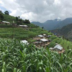 Das abgelegene Dorf Larke