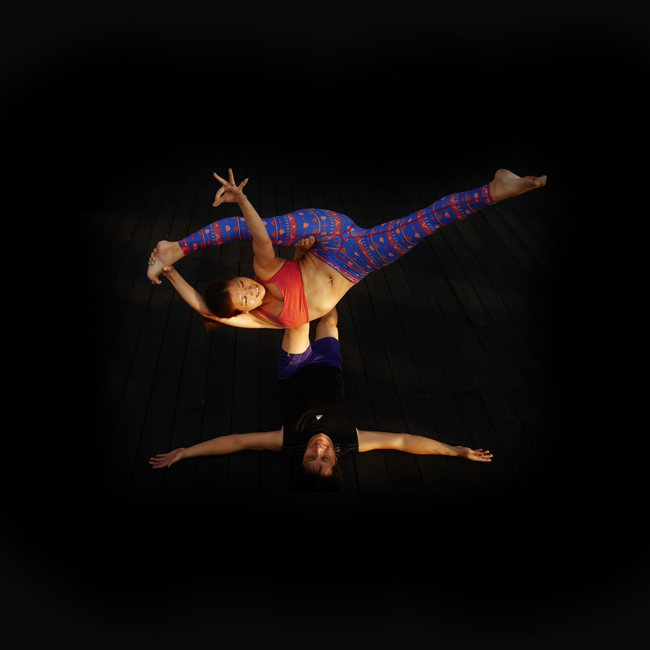 [FREE] Acro Yoga Jam  - by Foo & JunkoLevel: AllTaught in: EnglishDuration: 30 mins