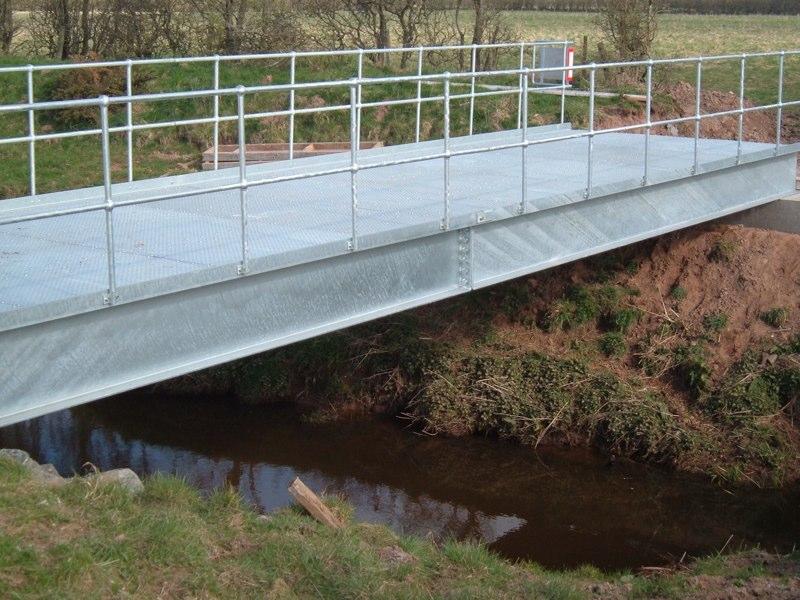 bridge 003.jpg