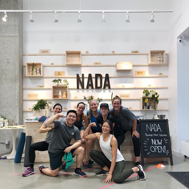 A little throw back to the time we got sweaty at @nadagrocery. Love to see they're continuing with community classes. If you're in Vancouver, join them for a yoga class and stock up one some zero waste products while you're at it.