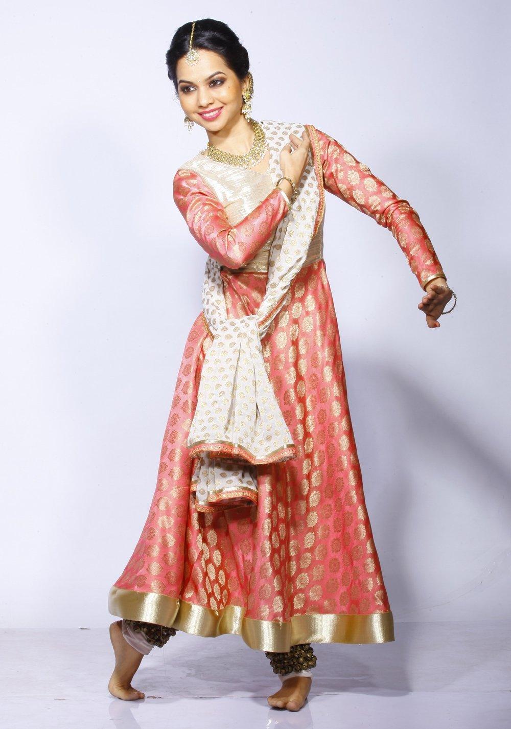 Shivangi+Kathak+Dancer+1.jpg