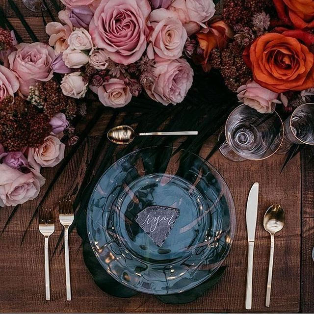 inspired ~ #design  Every little detail counts. But don't get lost in them! Love this #tablescape via @avpevents. ***** **** *** ** * #designinspo #tablesetting #eventdesign #weddinginspo #wedstagram #inspiredbythis #tabeltop #postitforaesthetic #decorating #designaesthetic #bohemiandecor #colorfuldecor