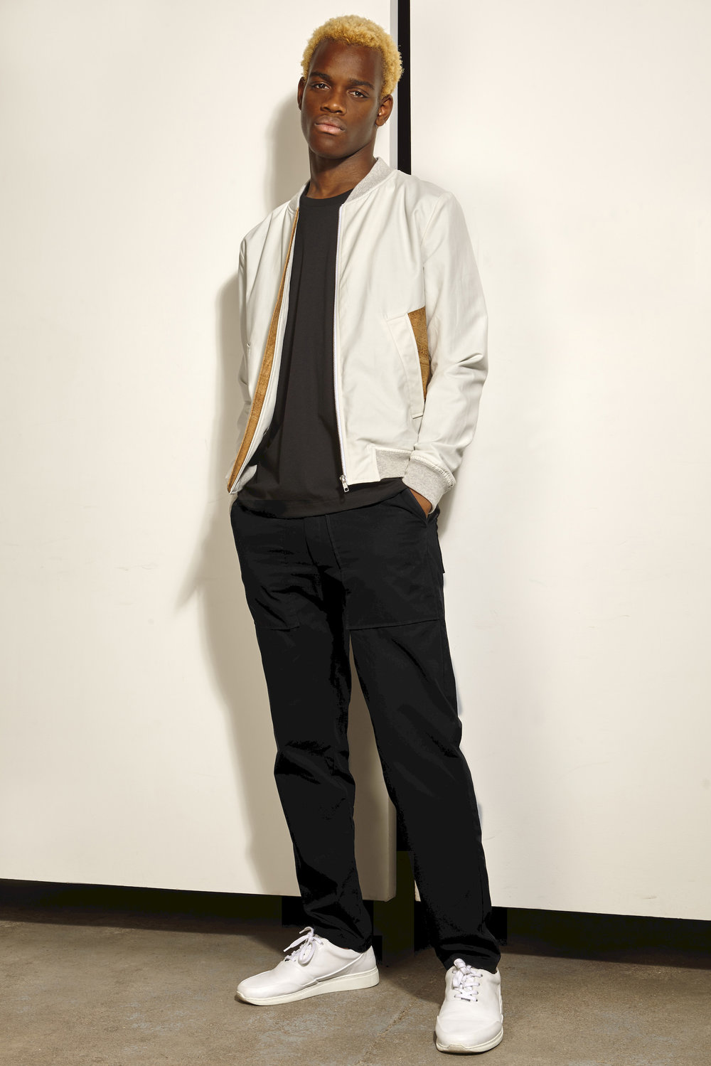 Bomber Jacket White & Pant Work Black_resultat.jpg