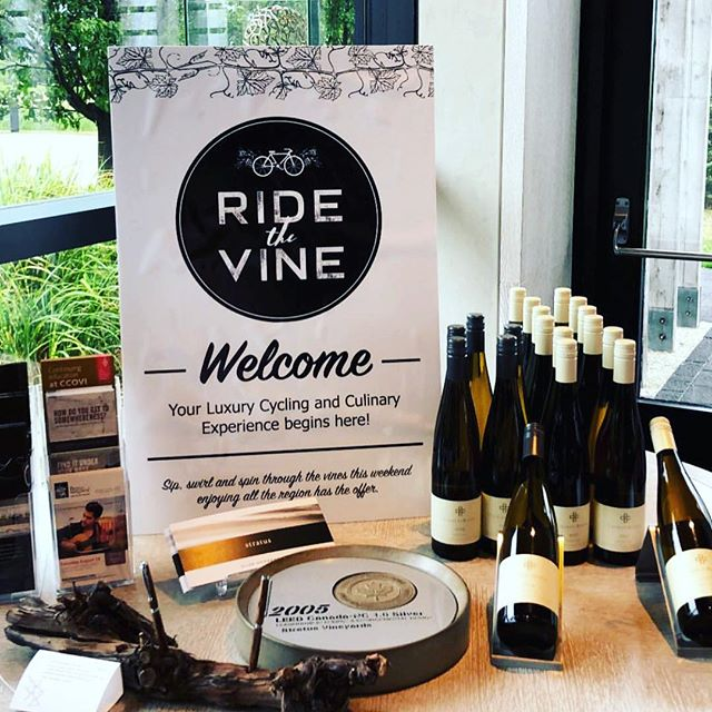 Starting to plan your 2019 adventures? Here's something to chew on 😉 . . . Ride the Vine 2018 Food Highlights 🍽😍 ~~~~~~~~~~~~~~~~ @backhousexyz  @treadwellresto  @staffmealniagara  @thepieplate  @bakewells  @nolaagranolaa  @thegoodearthfw  @13thstreetwinery