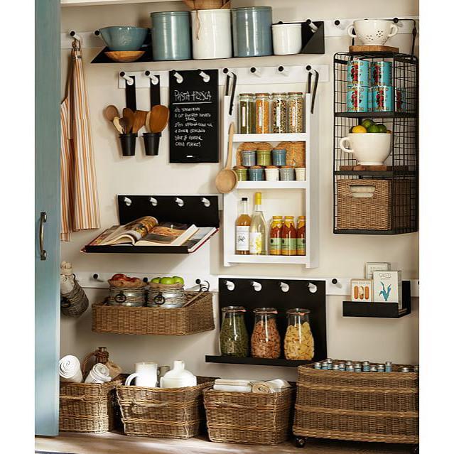 PANTRY GOALS!  #pantryorganization #kitchenorganization #tidyup #homeorganization #certifiedkonmariconsultant #konmariconsultants #professionalorganizer #charlestonorganizer #charleston #charlestonsc